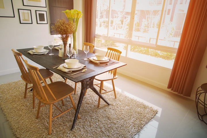 5 Ways to Lay Out Dining Room Furniture In Your Home